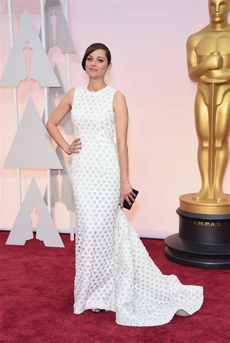 Marion Cotillards Oscar Dress From Runway To Carpet by Marion Cotillard In Go Fug Yourself
