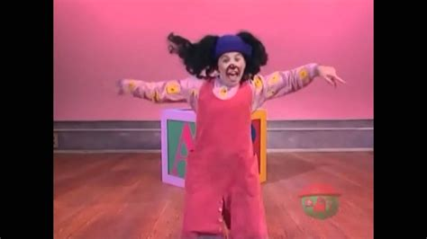 big comfy couch dance academy big comfy couch alpha betcha canadian version youtube