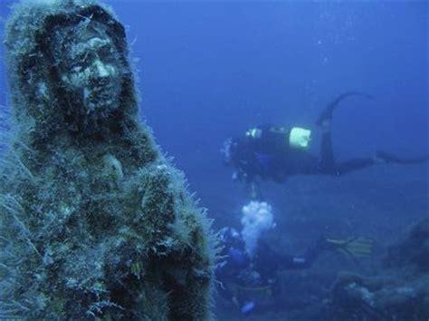 glass bottom boat elba archeologia podwodna to nie tylko wraki lecz także