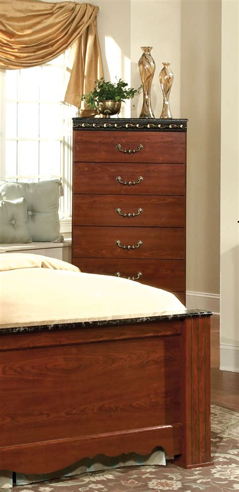 Kith Furniture by Kith Furniture Megan Heights 5 Drawer Chest 485 05