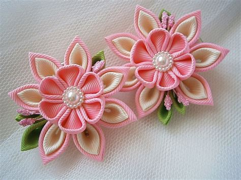 Handmade Hairclips - handmade kanzashi hair by mariasflowerpower