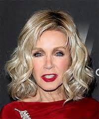 photos of donna mills curly frosted hairstyle from the 89s donna mills hairstyles for 2017 celebrity hairstyles by