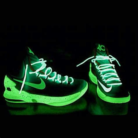 glow in the shoes kd v glow in the shoes basketball