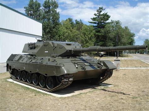 leopard tank file leopard tank cfb borden jpg