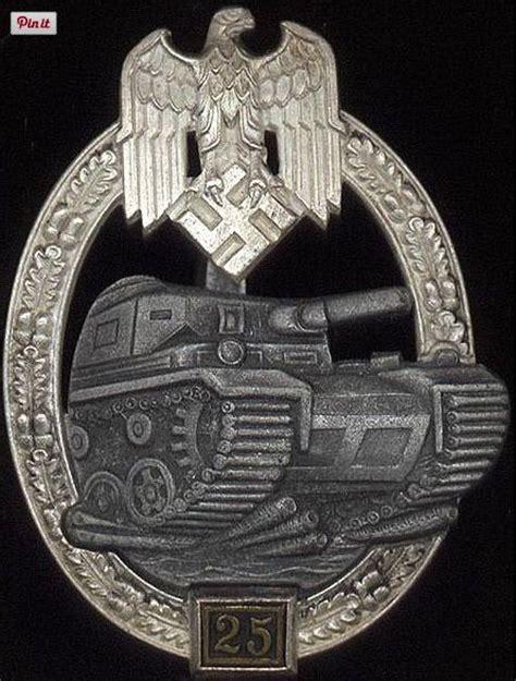 ww2 era german panzer assault uniform badge 25 engagements panzerkfabzeichen 25 panzer assault badge