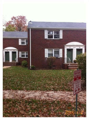17b carolyn terrace roselle nj 07203 reo home details