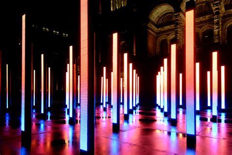 15 Fascinating Light Sculptures Columns Lights And Led Lighting Installation