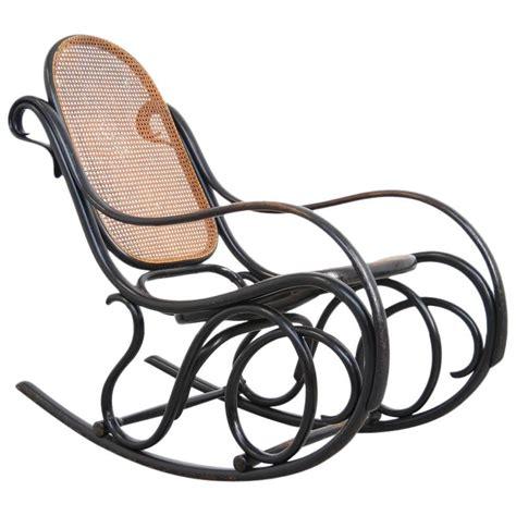 schaukelstuhl thonet original rocking chair by michael thonet for gebruder