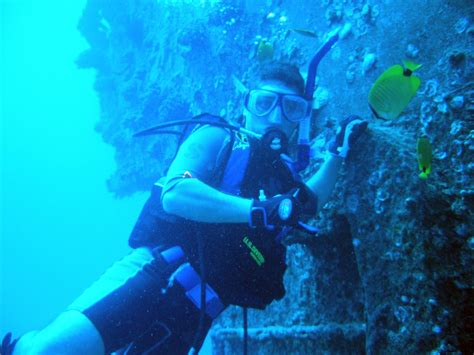dive sight submerge yourself in barcelona try out scuba diving
