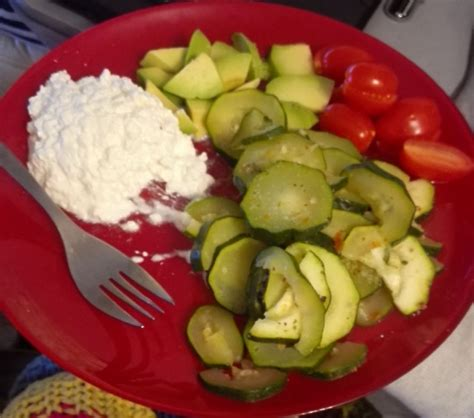 Avocado And Cottage Cheese Diet by Avocado And Tomato Recipes Sparkrecipes