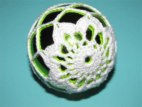 pattern christmas ball simply crochet and other crafts poinsettia christmas ball