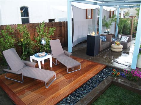 diy backyard deck ideas palatial patios from yard crashers yard crashers diy
