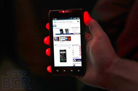 Spesifikasi Dan Hp Motorola Razr motorola droid razr smartphone android tertipis hanya 7 1