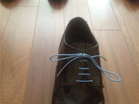 Dress Shoe Knot by How To Lace And Tie S Dress Shoes Socking Behaviour