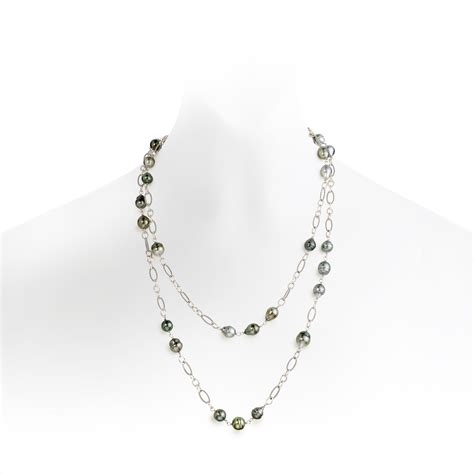 The Baroque Frame Necklace Versailles On A Chain by Grey Baroque Tahitian Pearl Sautoir Necklace In Silver