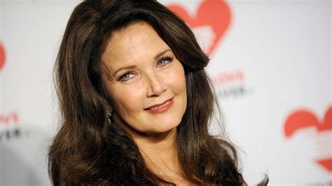 How To Make Home Decor Signs by Celebrities At Home At Home With Lynda Carter