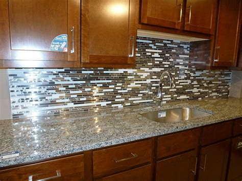 Home Design 85 Astounding White Mosaic Tile Backsplashs Mosaic Kitchen Backsplash