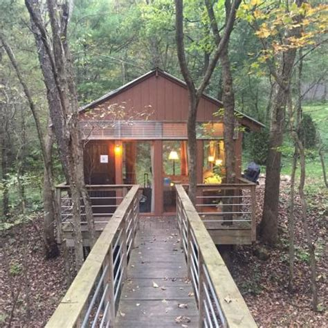 Candlewood Cabins Glass House by Hiking Trail Picture Of Candlewood Cabins Richland