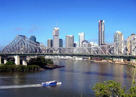 s day brisbane the brisbane skyline and brisbane river australia