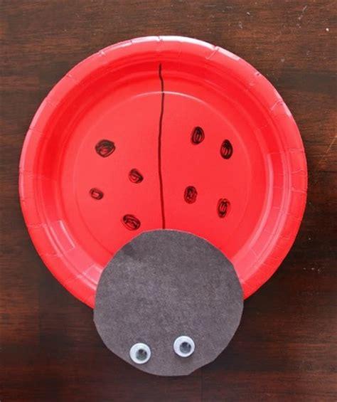 Paper Plate Ladybug Craft - ladybug paper plate craft