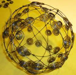 drahtkugel le bastelanleitung f 252 r drahtkugeln basteln und dekorieren