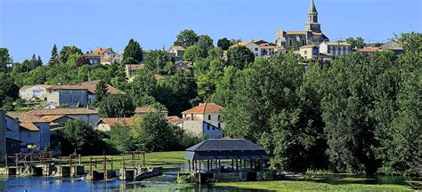 canal boat rental france review french river cruises canal boat rental le boat