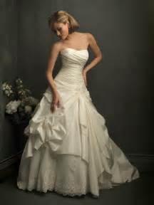 formal wedding dresses ivory strapless lace gown unique formal wedding dress prlog