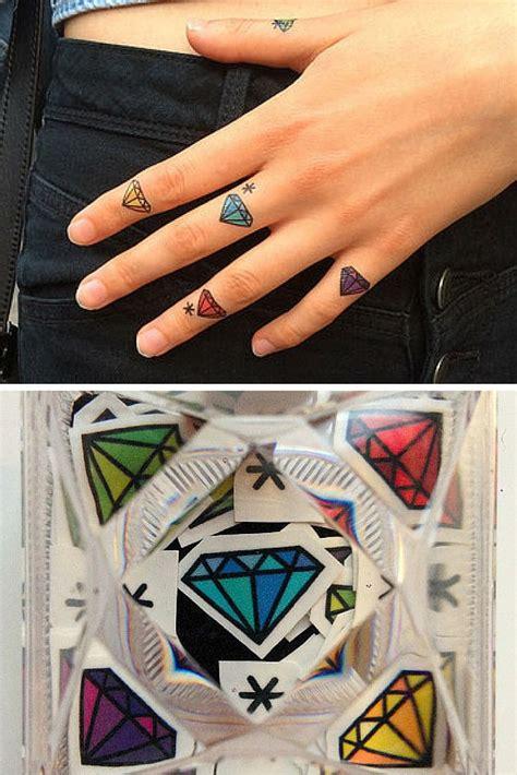 henna tattoo diamond best 25 finger tattoos ideas on simple