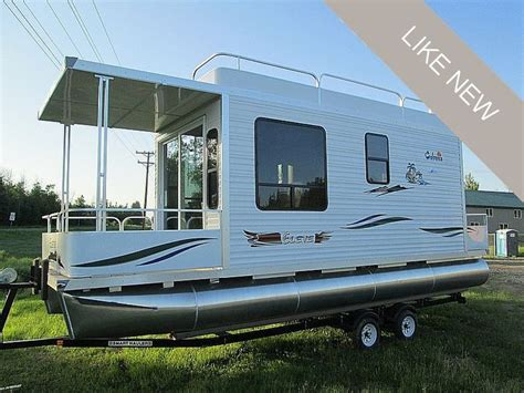 mini house boat 25 best ideas about pontoon houseboats for sale on