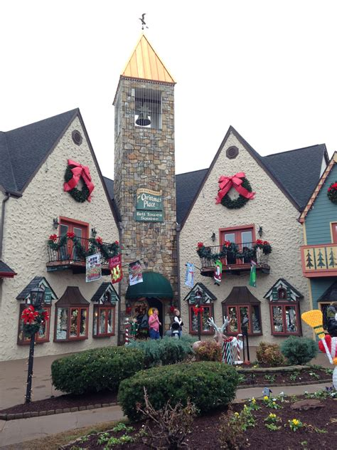 holiday place lodge cast iron old time pottery christmas place five guys and dollywood pigeon forge tn