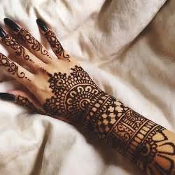 Nail Art Designs For Thanksgiving Henna Tattoo Pictures Photos And Images For Facebook