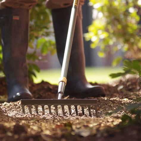 Landscape Soil Rake Yeoman Soil Rake On Sale Fast Delivery Greenfingers