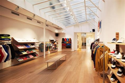 supreme clothing shop supreme store 187 retail design