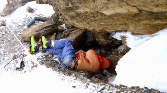 Dead bodies on mount everest since years youtube