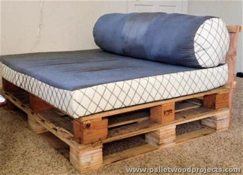 diy daybed plans recycled pallet daybed ideas pallet wood projects