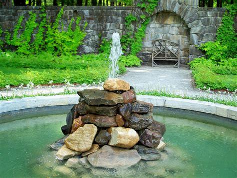 Rock Garden Fountains May 2010 Beyond Rivalry