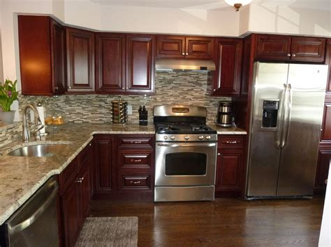 mahogany kitchen cabinets with granite countertops modern kitchen stainless steel appliances granite