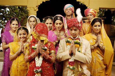 ikimizin yerine kalyani ne zaman ölecek balika vadhu an insider speaks rediff movies