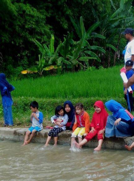 Tenda Anak Cimahi lebaran komunitas di cimahi mengajak anak anak belajar