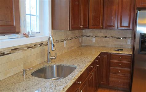 Kitchen Backsplash Travertine Tile Travertine Subway Tile Kitchen Backsplash With A Mosaic Glass Tile Border