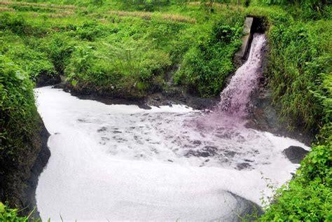 Teh Dari Pabrik sungai progo tercemar obat kimia dan limbah pabrik republika