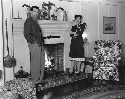 Colonial House Design Fred Macmurray And Lillian Lamont And Their Colonial