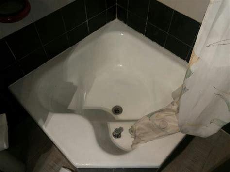 il piatto doccia con bidet incorporato foto di alessi