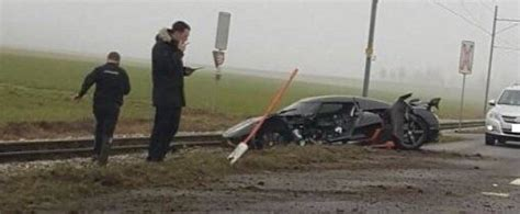 koenigsegg switzerland update koenigsegg agera rs takes serious damage in brutal