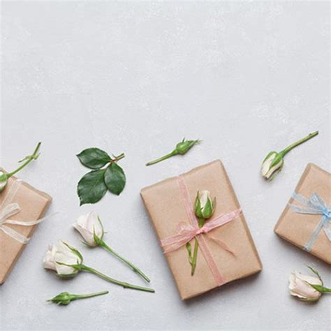 Wedding Gift Of Money How Much by Revealed How Much Couples Spend On Gifts For Their