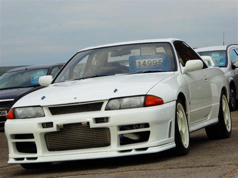 nissan skyline modified used nissan skyline r32 gt r 2 6 turbo highly