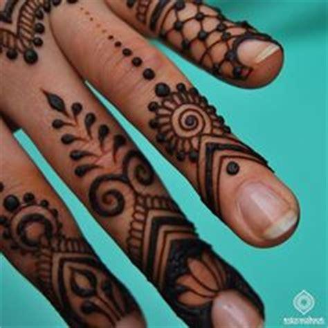 henna tattoo utrecht 1000 images about henna on pinterest mehndi mehndi