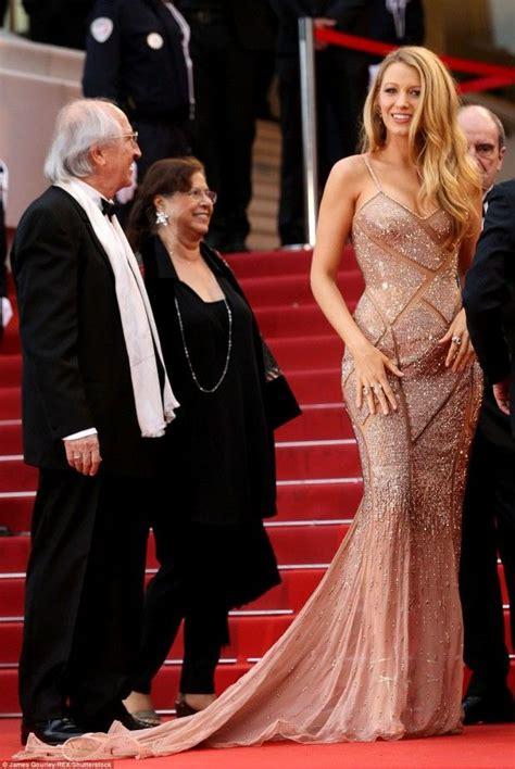 Cannes Middi Top 25 melhores ideias sobre vestidos de baile dourados no