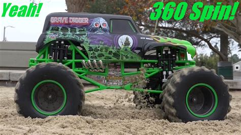 monster jam grave digger rc truck monster jam truck grave digger 360 spin 1 8 scale remote