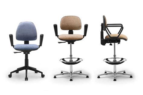 sgabelli ufficio sgabelli operativi con seduta e schienale imbottiti
